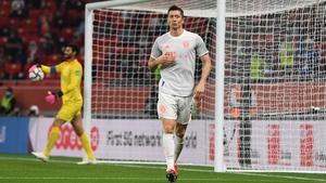 Robert Lewandowski celebrates his second goal