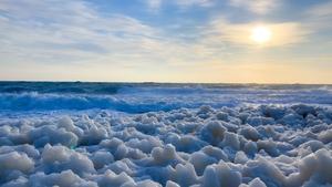 Freezing foam at Ardglass coastline, Co Down (Image: Christopher Feenan)