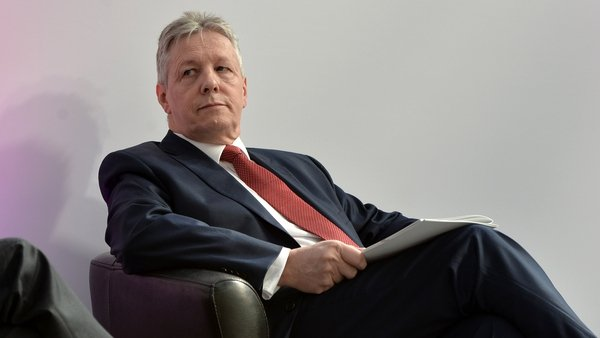 Peter Robinson warned of the potential for violence from those opposed to the protocol