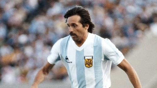 Luque played 43 times for Argentina