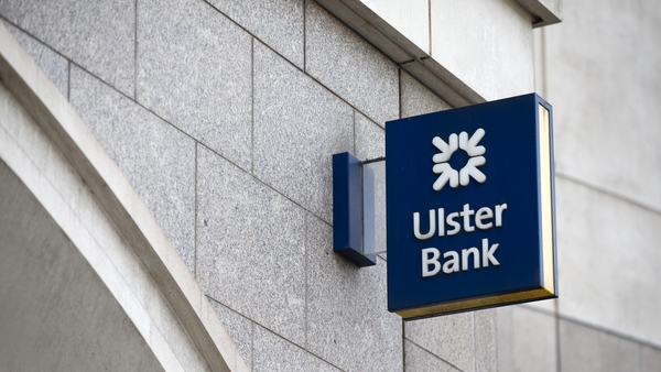 Ulster Bank has defend its decision not to give advance warning of its plan to withdraw from the Irish market to staff at the Finance Committee