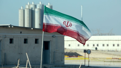 An Iranian flag flies at the Bushehr nuclear power plant (file pic)