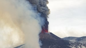 The lava flows do not pose any threat to nearby towns