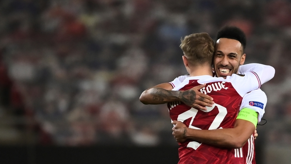 Emile Smith Rowe and Pierre-Emerick Aubameyang celebrate at full-time