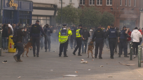 Gardaí used batons to push protesters away from Stephen's Green and down Grafton Street