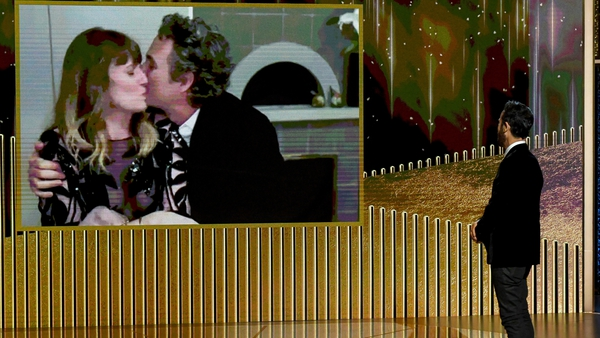 Mark Ruffalo celebrates his Golden Globe win with his wife Sunrise Coigney