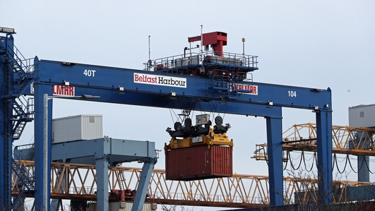 UK govt relaxes more trade rules between GB and NI