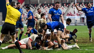 Dan Sheehan crosses for Leinster's fifth try