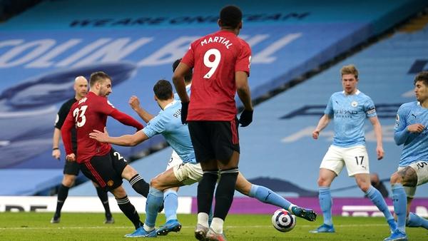 Luke Shae fires home United's second