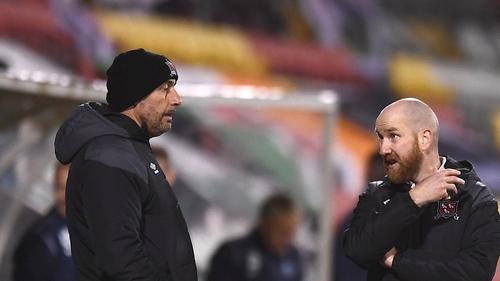 Shane Keegan (r) talks to Filippo Giovagnoli