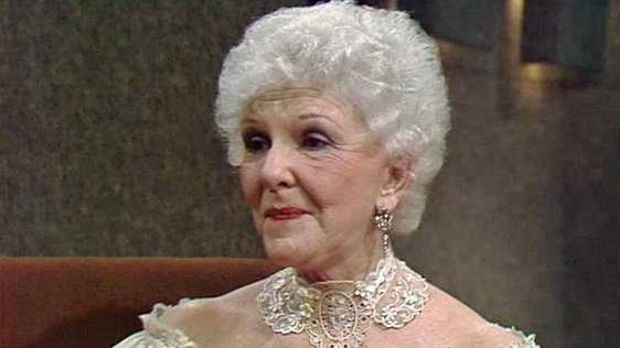 Actor and Singer, Mary Martin on The Late Late Show (1981)