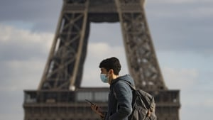 French GDP edged up 0.4% in the first quarter of 2021 from the final three months of 2020
