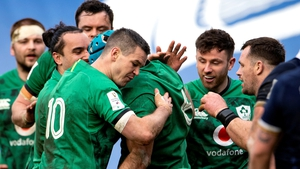 Sexton congratulates Beirne on his try