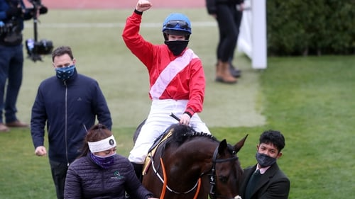 Blackmore celebrates her sixth victory aboard Quilixios