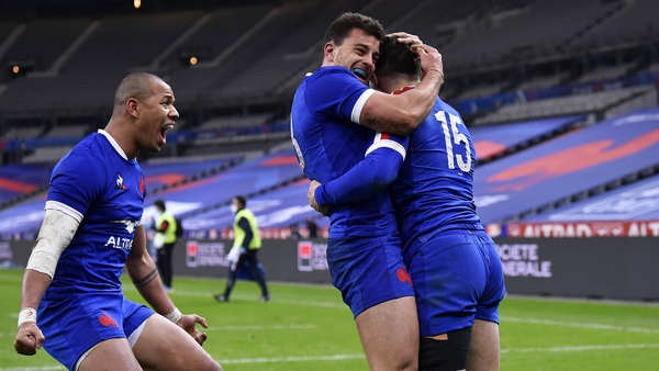 France celebrate their late win