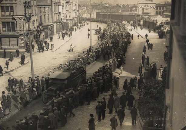 The funeral procession for the six men killed in Kerry Pike Photo: National Library of Ireland, HOGW 82