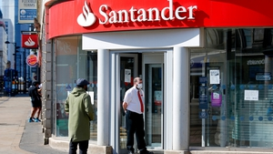 Santander, the euro zone's second-biggest lender by market value, booked a net profit of €1.608 billion compared to €331m a year ago