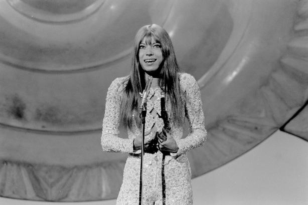 La alemana Katia Epstein en el Festival de la Canción de Eurovisión (1971) Roy Biddle 2109_080