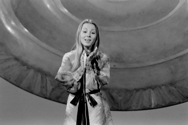 Tunesha representando a Portugal en el Festival de Eurovisión (1971)