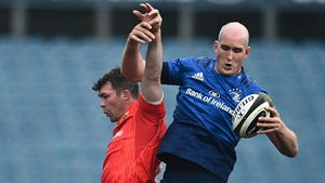Devin Toner gets the better of Peter O'Mahony at a lineout