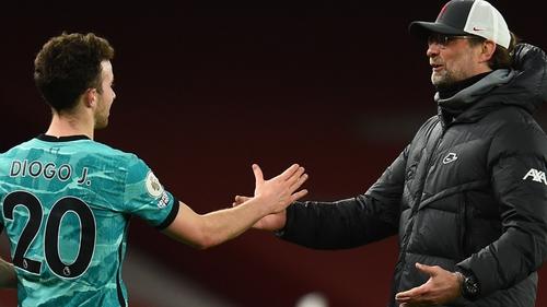 Jurgen Klopp congratulates Diogo Jota after his two-goal impact against Arsenal