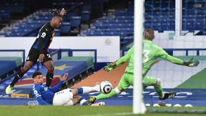 Crystal Palace's Michy Batshuayi drills home the leveller