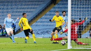 Phil Foden wins it late on for Manchester City