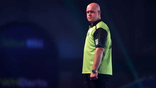 Five-time champion VanGerwenran out a 7-2 victor against Peter Wright
