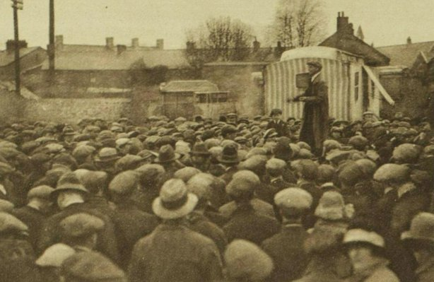 Striking coal miners in Neath Photo: Illustrated London News [London, England], 16 April 1921