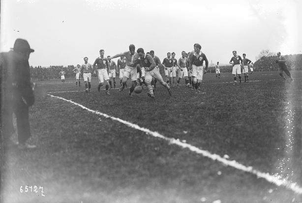 Century Ireland Issue 202 - Ireland vs France at the Parc de Colombe in Paris. Photo: Bibliothèque Nationale de France