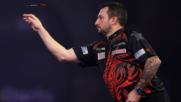 Jonny Clayton averaged 105.26, threw five maximums and hit the perfect eighth leg en route to a second win in three matches