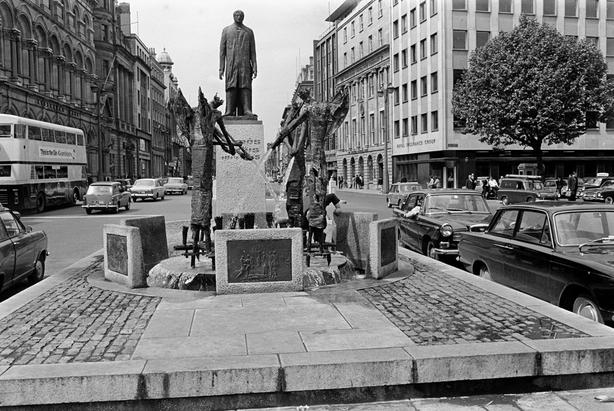 Thomas Davis Statue and Memorial (1967)