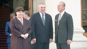 Tánaiste Mary Harney, Taoiseach Bertie Ahern meeting Prince Philip outside Government Buildings in 1998