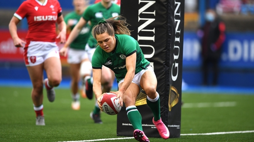 Béibhinn Parsons scoring her first try against Wales
