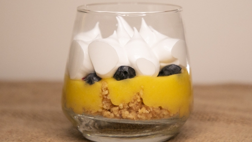 Mags' lemon meringue pleasure pot