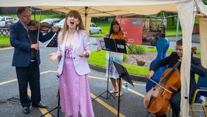 Paul O Hanlon (violi), Sandra Oman (soprano), Andreea Banciu (viola) and Gerald Peregrine (cello) perform in Waterford