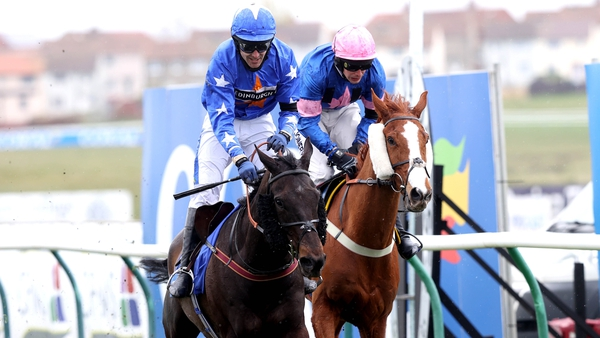 Mighty Thunder comes home to win the Scottish National