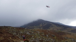 Helicopter and searchers in the Comeragh Mountains (pic: Twitter/@SE_Mount_Rescue)