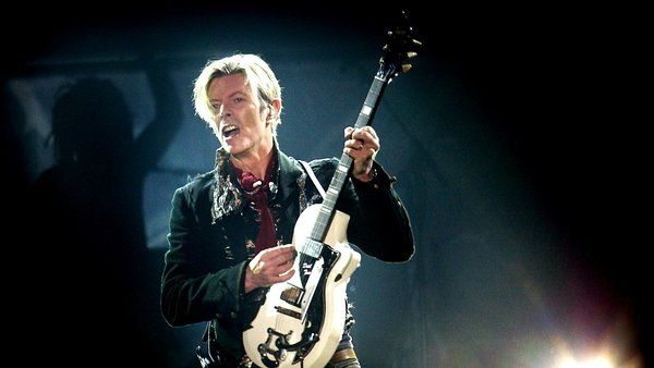 An iconic David Bowie guitar is going under the hammer
