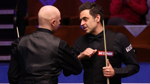 Ronnie O'Sullivan (R) with Anthony McGill