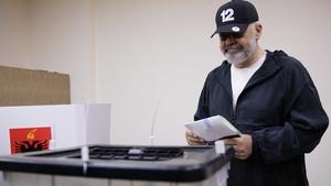 Edi Rama casting his vote on Sunday