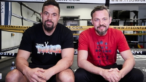 Joseph Parker (L) now has Irish former middleweight world champion Andy Lee in his corner