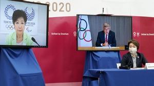 IOC president Thomas Bach Tokyo 2020 Organising Committee president Seiko Hashimoto (R) and Tokyo Governor Yuriko Koike (L) at today's virtual metinf