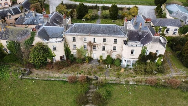 Knocklofty House is situated near Clonmel and previously operated as a hotel