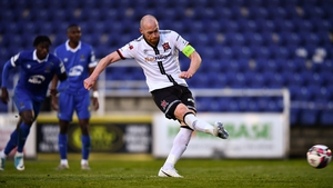 Chris Shields of Dundalk scores from the penalty spot