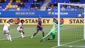 Martens fires in Barca's second