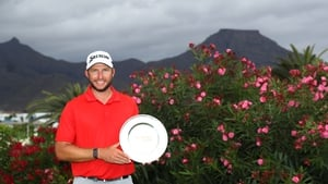 Dean Burmester with the trophy in Tenerife
