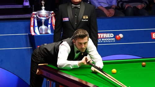 Selby won the evening session 7-2