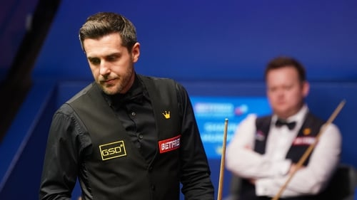 Mark Selby holds a three-frame lead heading into Monday evening's session