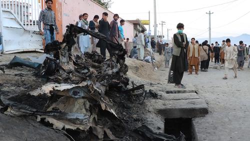 55 ar a laghad maraithe in ionsaí buamála san Afganastáin